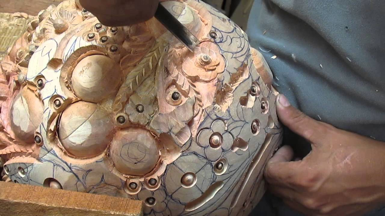 Labrado y tallado de madera en tlaquepaque muebles marg n for Muebles tallados en madera