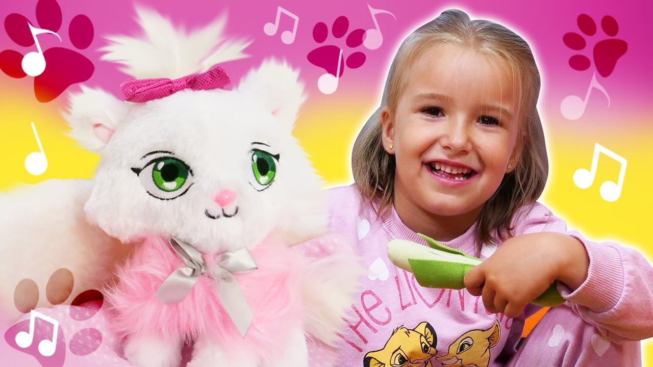 Little cat song for kids & Family fun video for kids - Nursery rhymes for babies.