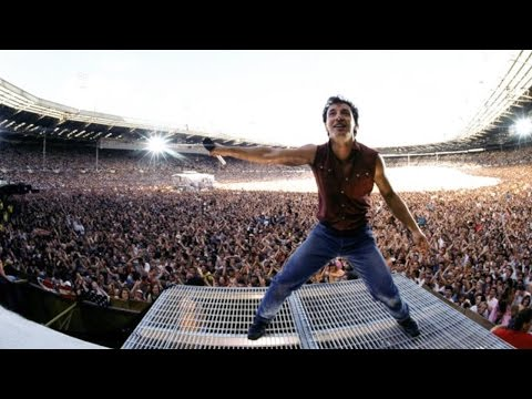 Top 10 Most Electrifying Live Bands of All Time