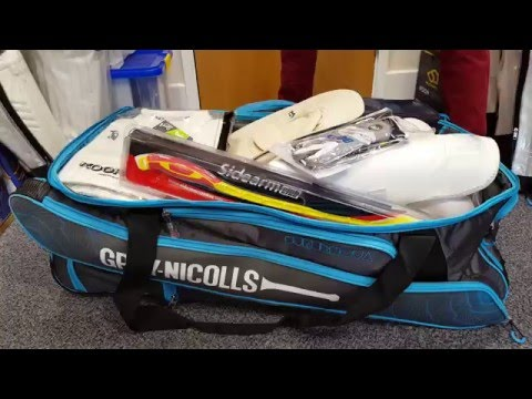 Gray-Nicolls Supernova 900 Stand Up Wheelie Cricket Bag Review