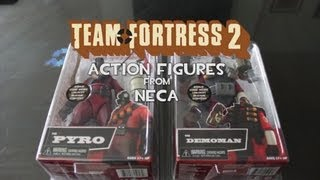 Unboxing the TF2 Demoman and Pyro Figures from NECA