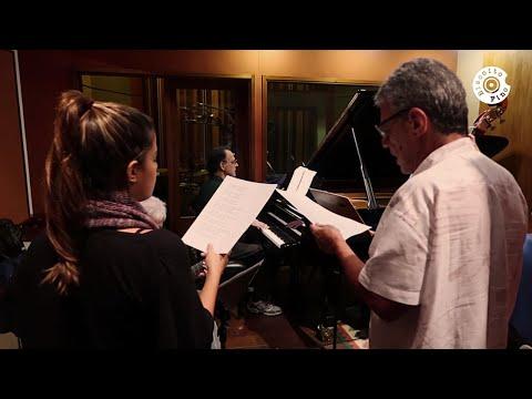 """Chico Buarque e Clara Buarque - """"Dueto"""" (Vídeo Oficial)"""