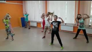 Танец -Мне не смешно (не весь)