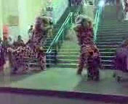 lion dance in Wong Nai Siong Camp(sibu)