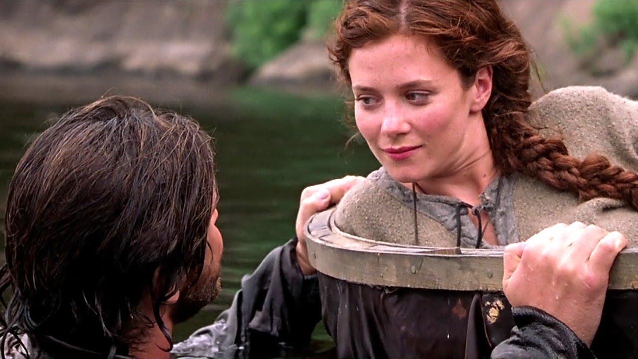 小伙回到600年前-对少女一见钟情-为她留在了战乱年代-速看科幻电影-重返中世纪