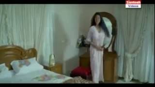 Repeat youtube video 2016 Mallu Reshma Bhabhi Seducing Young Boy Sexxxyyy Movie Scenes Compilations august  [2016]