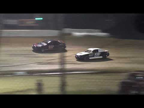 Moler Raceway Park   8/16/19   Compacts   Heat 3