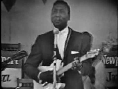 Muddy Waters hoochie coochie man Newport 1960