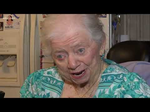 Record Breakers ' World's oldest little person lives In Northeast Ohio