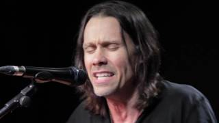 Alter Bridge Myles Kennedy Show Me A Leader Live at Kerrang Radio.mp3
