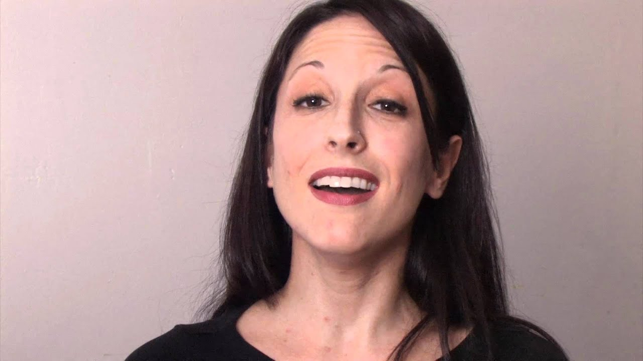 Singing in Falsetto - HOW TO - YouTube