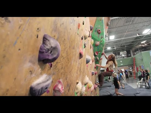 Bouldering With Lynn Hill