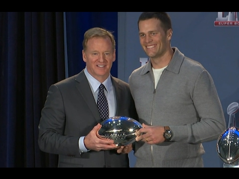 Watch Tom Brady Graciously Accept His Fourth Super Bowl MVP Trophy