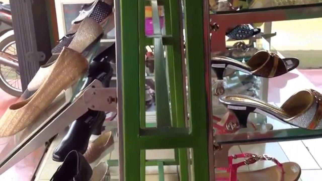 Desain Rak Sepatu Toko Gampil  YouTube