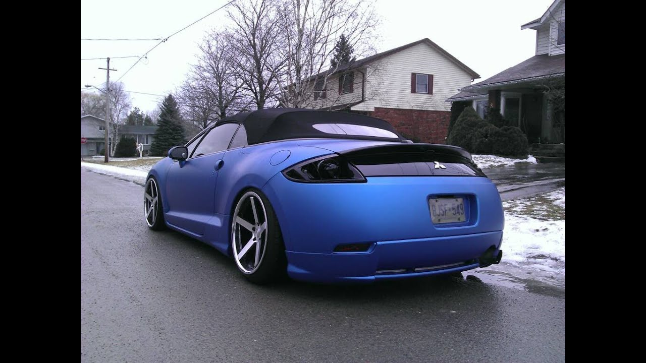 Spyder 4G Mitsubishi Eclipse revving loud exhaust sound. - YouTube