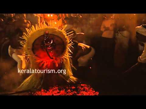 Uchitta Theyyam at Cheemeni Vishnumoorthy Temple, Northern Kerala
