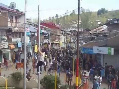 A Tight Slap From Kashmir to Indian Army Indian Flag Taken Down by Kashmiris 2016