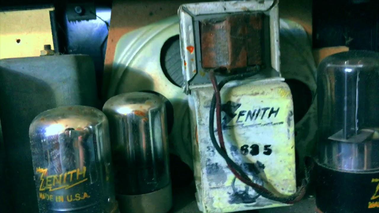 Zenith 6G001Y Tube Radio (1946)