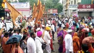 Warkari on the way to Pandharpur