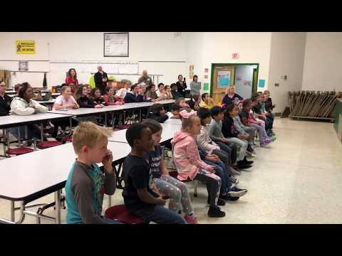 Salem High School Acting Lab performs for Rosemont Forest Elementary School