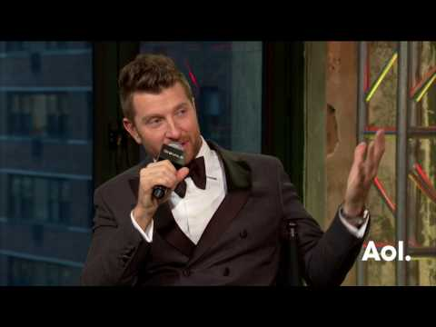 brett-eldredge-on-his-christmas-list-and-why-he-loves-the-holiday