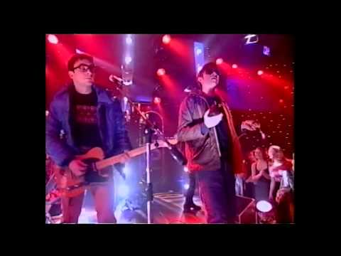 Blur - Country House - Top of the Pops 1995