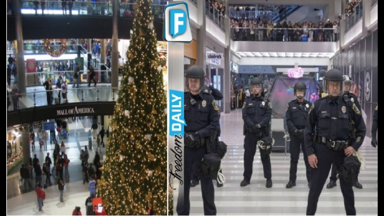 mall of america gets disturbing muslim makeover for christmas shoppers horrified by what - Mall Of America Christmas Decorations