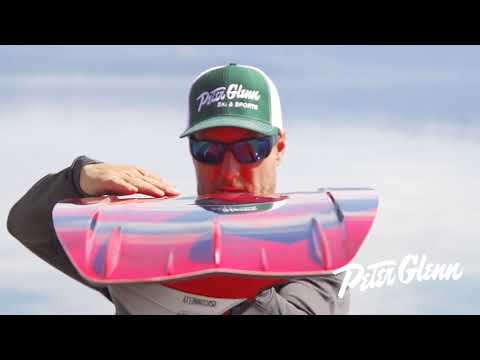 2018 Connelly Reverb Wakeboard Review by Peter Glenn