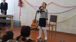 А я іграшок не помічаю мама . Дитячий вокал вик. Пимоненкова Єлизавета