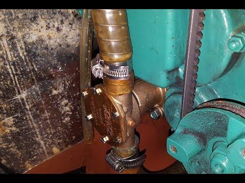 Volvo Penta MD2020 oil leak at the raw water pump