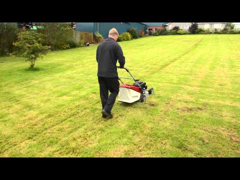 Mountfield SP465 Self Propelled Petrol Lawn Mower with Honda GCV135 Engine Grass Catcher and Service