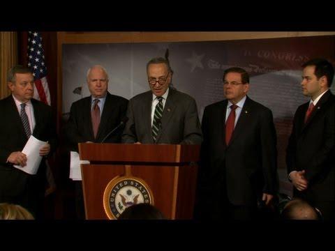 US senators unveil immigration reform deal