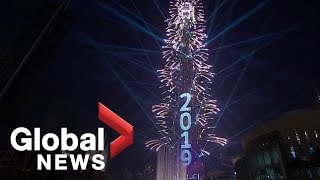 New Year's 2019 Dubai puts on world record-setting show