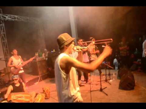 BARBARA - Slow Broh [ Live at Pantai Batu Karas 2016 ]