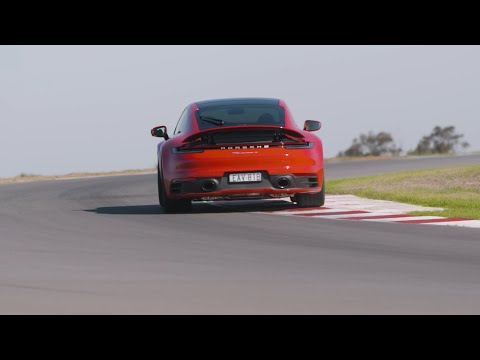 Mark Webber reveals highlights of new Porsche 911 Carrera S