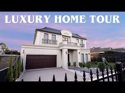 Inside a Luxury House in Glen Waverley - Melbourne, Australia