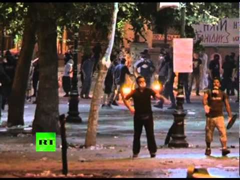 Athens on Fire: Video of night clashes, Greek capital smoked