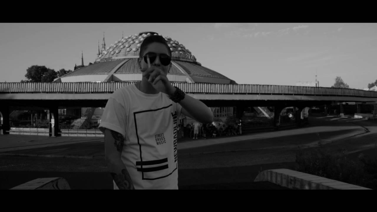 Download ReTo - Papierosy_rmx (prod. SecretRank) Official Video