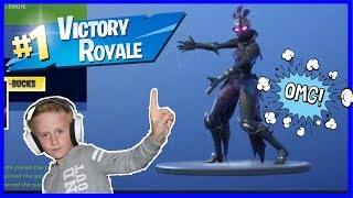 VICTORY ROYALE / FORTNITE