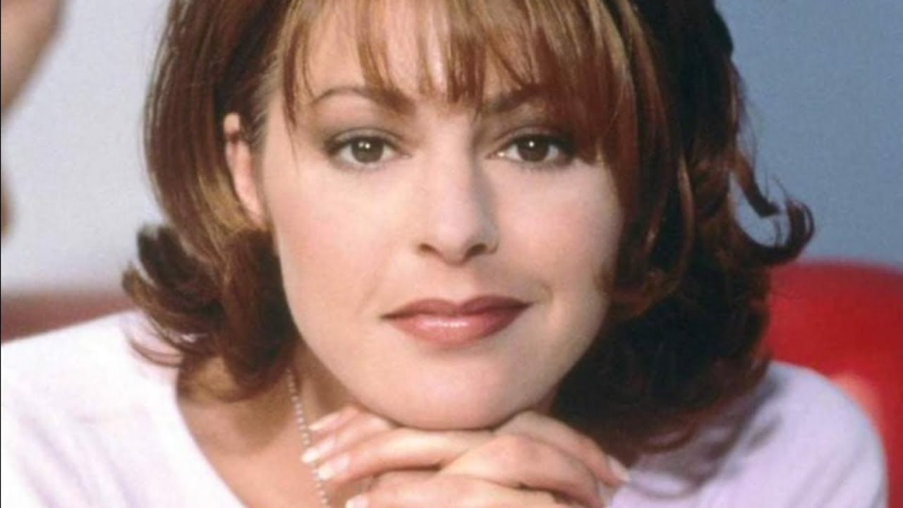 Here's What Really Happened To Daphne From Frasier