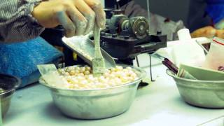 Interior China: The Pearl factory