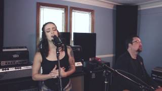 Скачать Anna Clendening Crazy 4 U Live Studio Session