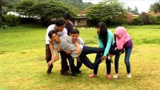 MULTI2B video clip sindentosca - kepompong(MAZTA DESIGN www.mazta.net)