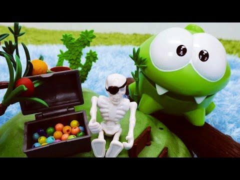 Om Nom auf Deutsch. Spannendes Spielzeug Abenteuer. Video für Kinder.