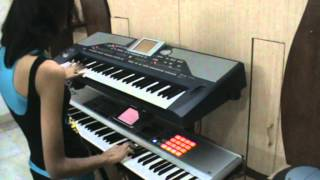 Tere Liye - Instrumental from Veer Zaara played on keyboard / piano by Smarnika