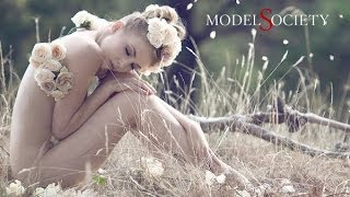 Repeat youtube video Naked Creativity - Stunning nude art model Sylph Sia uncensored