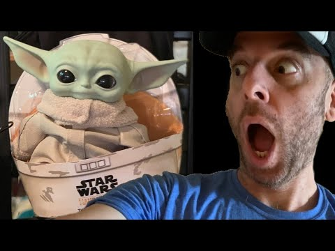 omg-mandalorian-the-child-(baby-yoda)-11-inch-plush-review!