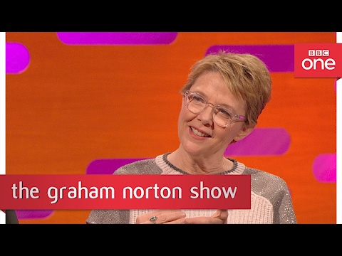 Annette Bening's Oscar pact with Whoopi Goldberg - The Graham Norton Show: 2017 - BBC One