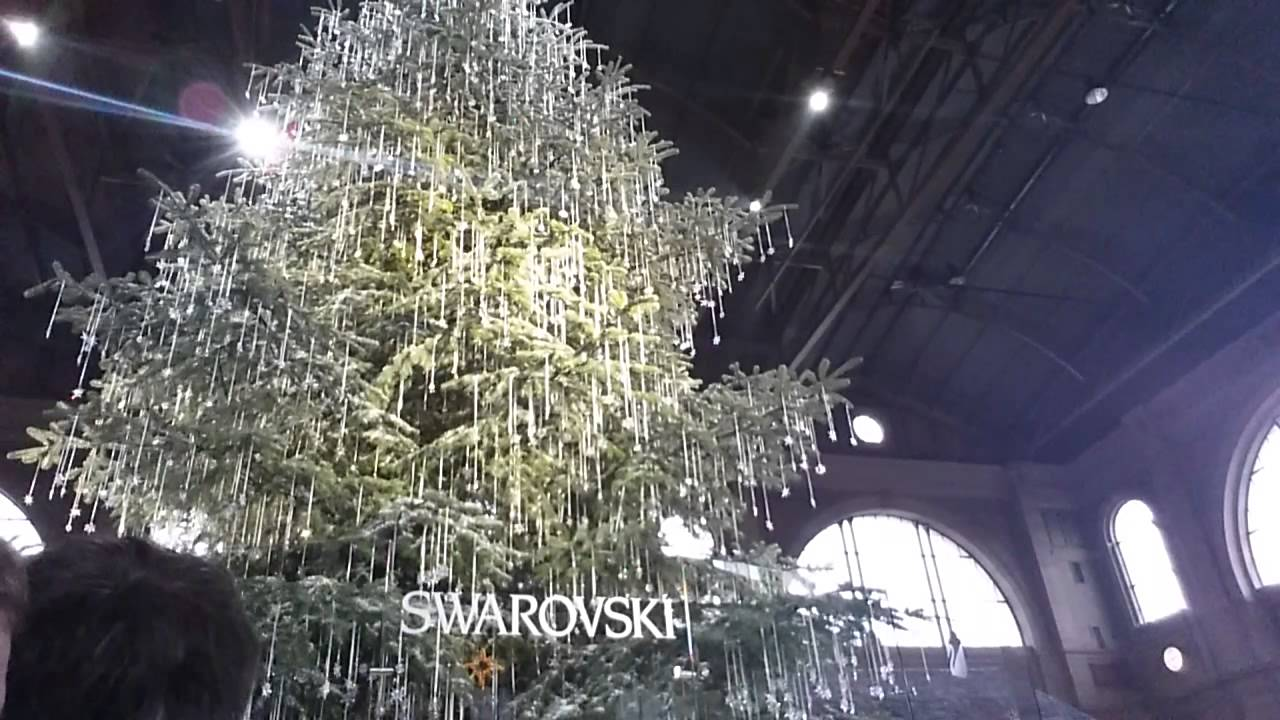 Addobbi Natalizi Zurigo.Albero Di Natale In Swarovski