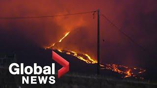La Palma volcano: Red-hot lava streams down slopes, plumes of ash increase as eruption continues|LIVE  | NewsBurrow thumbnail